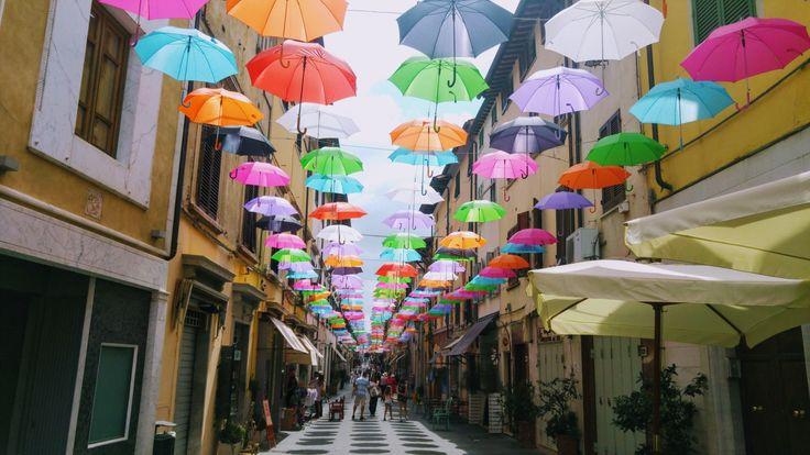 The new installation in Pietrasanta is making this cloudy morning colourful. . . . . #wishversilia #tuscany #travel #travelpics #instatravel #instavacation #ilovetravel #italygram #tuscanygram #italyphoto #visit_tuscany #visittuscany #tuscanybuzz #instatuscany #italyiloveyou #postcardfromtheworld #traveling #vacation #visiting #instago #instagood #trip #holiday #photooftheday #instapassport #instatraveling #mytravelintuscany #travelgram #travelingram #igtravel