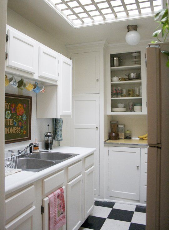 Small Old Kitchen Makeover best 25+ apartment kitchen makeovers ideas on pinterest | kitchen