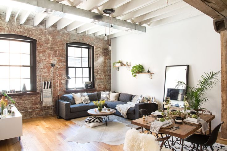 With the winter cold moving in, these rustic, industrial spaces are warming our hearts. We just need a luxurious throw and some cocoa.