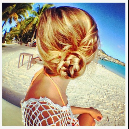 Haiiiiir blond chignon
