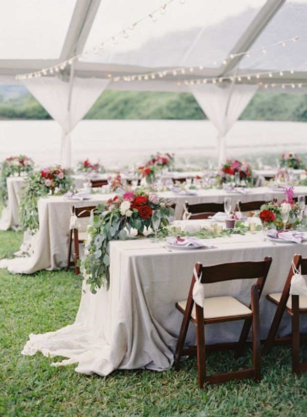 Berry Oahu Wedding Color Inspiration Modern Weddings Hawaii Destination