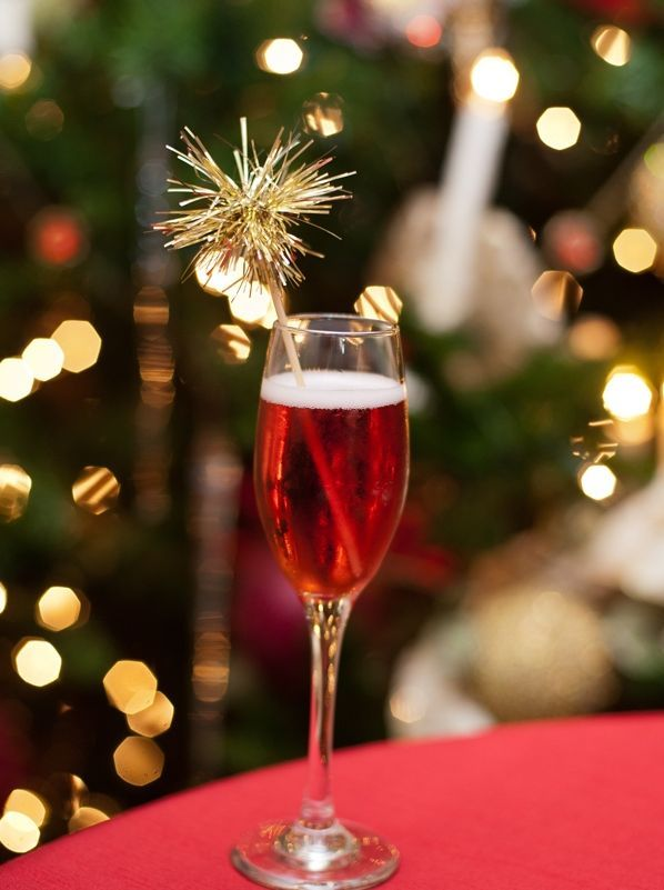 POINSETTIA COCKTAIL with SPARKLE STIRRER: A favorite Christmas ...