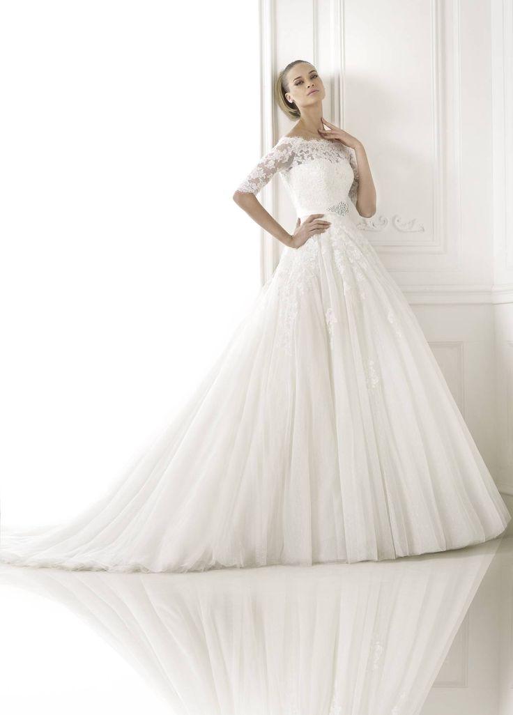 Best esküvői ruha - La Mariée esküvői ruhaszalon - Pronovias 2015