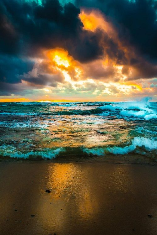 PSALM 113:3 ~  From the rising of the sun unto the going down of the same the LORD'S name [is] to be praised. ~  (Early Morning in Kauai by vassilibroutskiphotography )