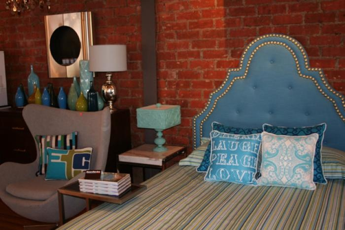 My inner tomboy is all about this chic bedroom. | Chic ...