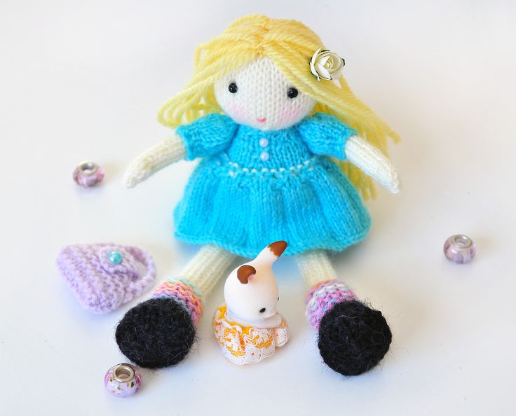 Doll - knitted doll - Dolly - #doll #muñeca #elvesworldolls #toy #knitdoll #littledoll