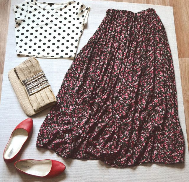 Styled by Alexandra: Packing for Spain ...Just don't think I could pull off the skirt and shirt combo. :D