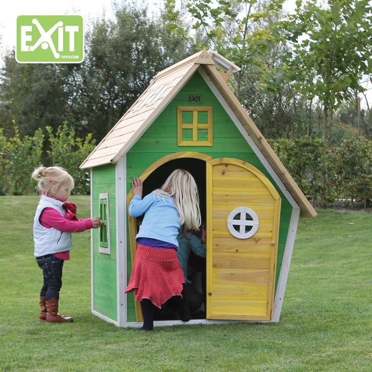Exit fantasia 100 leikkimökki on jokaisen lapsen unelma. Tämä leikkimökki on karkkia silmille!
