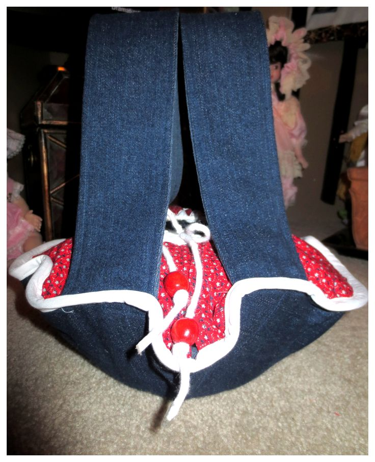 Denim/red hot casserole carrier I made for a Christmas gift!