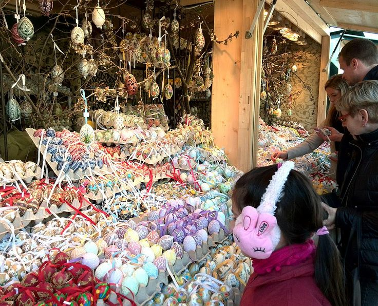 Austria, Vienna, Easter market Colorful and full of joy Spring market in Vienna near Shoenbrunn palace. Eggs, eggs and more eggs in all sha...