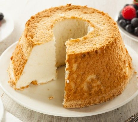Amerykańskie anielskie ciasto (Angel food cake) - Przepisy - Magda Gessler - Smaki Życia