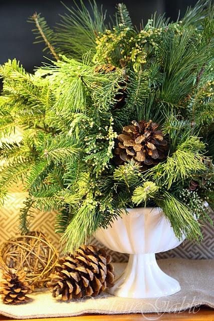 Centerpiece tutorial for fresh greens christmas wreaths
