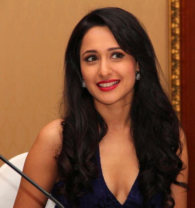 Pragya Jaiswal smile