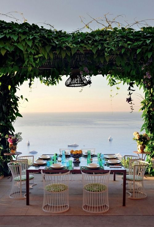 fabulous view! sunset dining at a dream villa, designed by Matteo Thun, in Capri, Italy