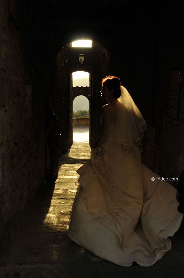 Marriage in Casole d'Elsa - by Lisa Massei, iridee.com