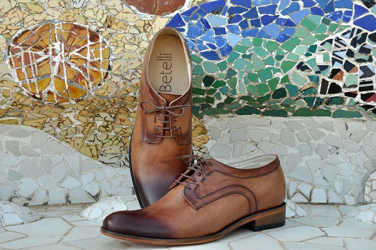 Brązowe #buty podwyższające #Betelli, wykonane w całości z naturalnej skóry