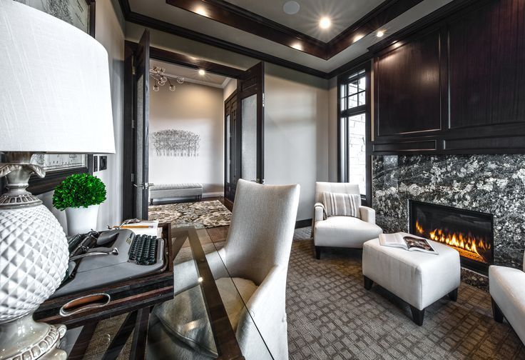 Unsere Luxuriosen Studienzimmer Funktionen A Kamin Zum In 2021 Home Study Rooms Custom Home Builders Custom Homes