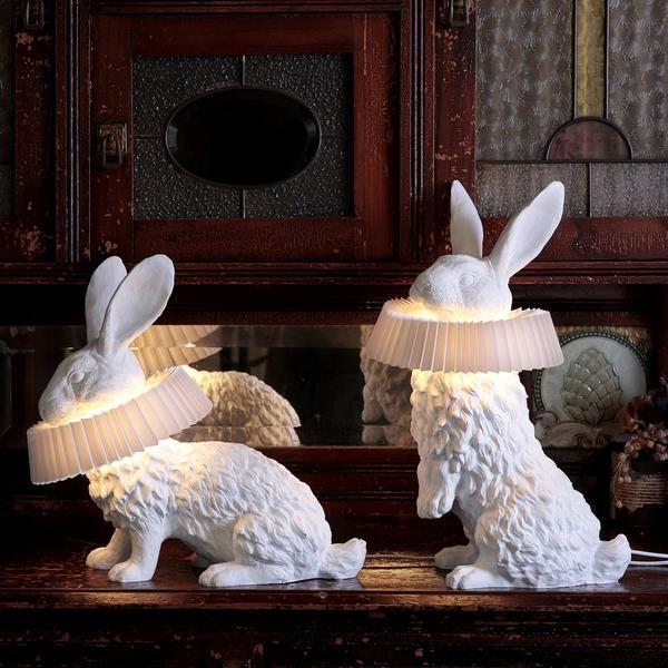 Hasenlampe Mit Deko Skulptur Fur Wohnzimmer Schlafzimmer Kinderzimmer In 2020 Decor Sculpture Rabbit