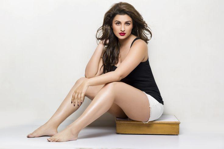 Parineeti Chopra In Bold Hot Sexy In Bikini