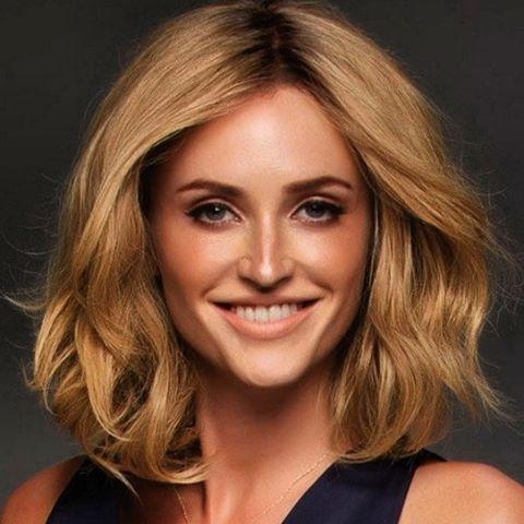 ¿Buscas una #peluca de #pelo natural al mejor precio? Puedes encontrarla en nuestra web: http://centrosbeltran.com #belleza #mujer #cáncer…
