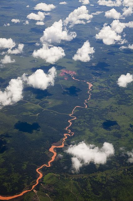 The Cuango is a transboundary river of Angola and Democratic Republic of Congo. It is the largest left bank tributary of the Kasai River in the Congo River basin.