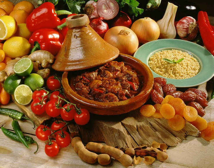 المطبخ المغربي أحسن مطبخ في العالم: Moorish Morocco, Moroccan Flavour, Mystery Morocco, Curries Yum, المائدة المغربية, Moroccan Food, Moroccan Magic, Magic Morocco, Moroccan Tajin