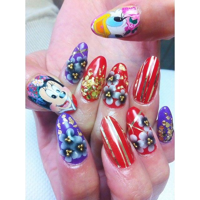 Black Butler Nail Art: 1000+ Images About Character Nail Art On Pinterest