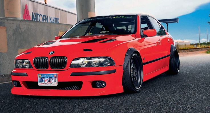 BMW (E39) 540i