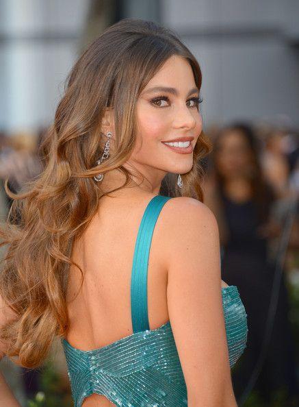 Sofia Vergara Curl Hairstyle