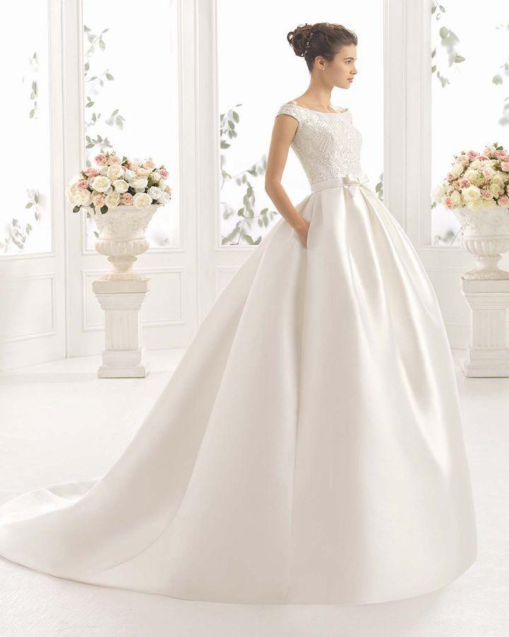 Estos diseños intensifican la belleza de estos vestidos sin caer en una excesiva 'simplicidad'.Fotografía: Aire Barcelona.