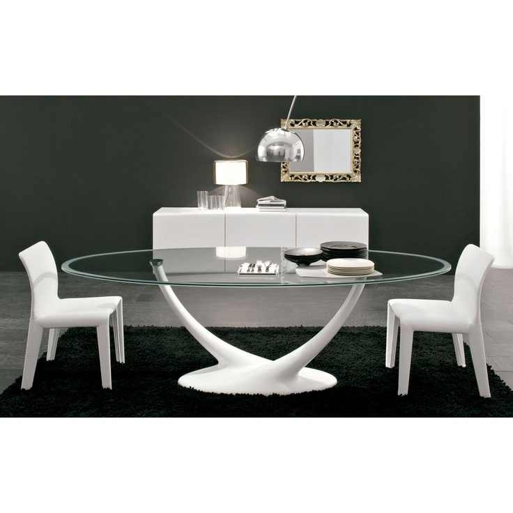 Cattelan Italia Mesa fija Coral. Diseño Andrea Lucatello. Mesa original y elegante con base en poliuretano pintado blanco o negro gofrado. Sobre en cristal transparente.