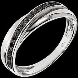 <a href=http://it.edenly.com/gioielli/fede-trifoly-nero-13-diamanti,871.html>Anello Saturno Diamante - 13 diamanti neri e oro bianco - 9 carati <br><span  class='prixf'>290 €</span> (-60%) </a>