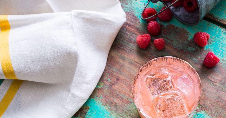 Une boisson idéale en été, ce cocktail 0 % présente de douces saveurs de framboise qui vous séduiront.