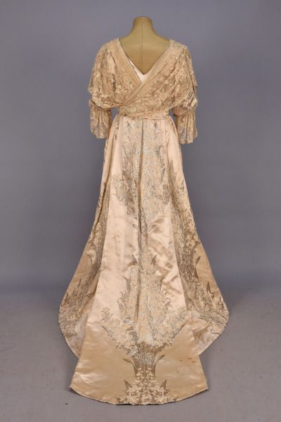 House of Worth evening dress, 1900′s