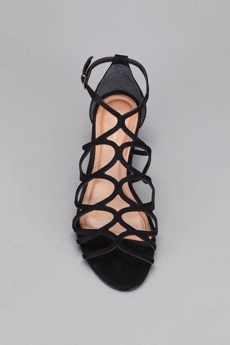 Spartiates noires cuir Ariane Cosmoparis sur MonShowroom.com