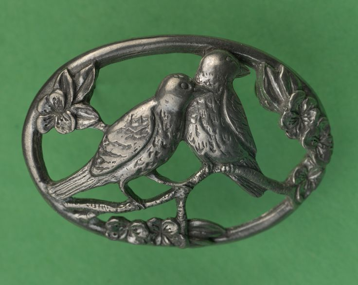 Seagull Pewter Brooch -- Lovebirds, dated 1991.