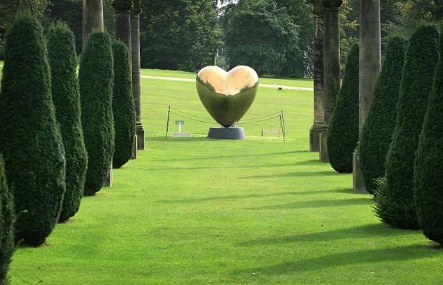 Richard Husdon - LOVE ME II - 2008 Polished Bronze H200cm
