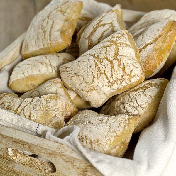 Brød har gjennom hele historien og overalt i verden spilt en stor symbolsk rolle. Kanskje