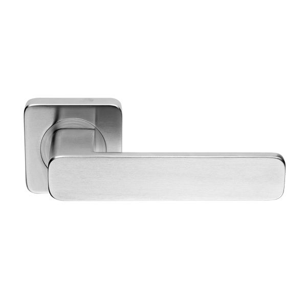 Another option for door handles, match with Winston cupboard handles. Maybe? Polished or brushed chrome available