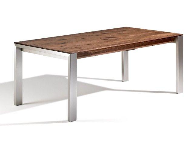 Der Esszimmertisch Amalfi ALU vereint hochwertiges Holz mit mit edlen Tischbeinen aus Aluminium oder optional mit Edelstahlfüßen. Kurzum: Die perfekte Handwerkskunst. Die 3 cm starke massive Esstischplatte wirkt filigran dank der gefasten Kante und wenn du möchtest, dann erhältst du den Tisch mit einem Kopfkulissenauszug. Ausziehbar? JA Länge: 120 cm - 300 cm Breite: 70 cm - 110 cm Alu oder Edelstahl Tischbeine