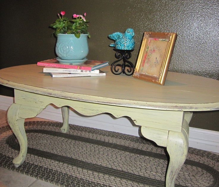 Queen Anne Style Coffee Table Aged For A Provencal Rustic French Country Look La Be E