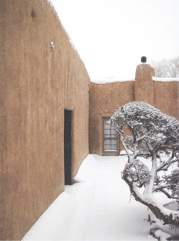 """scandinaviancollectors: """" Georgia O'Keeffe´s Ghost Ranch home and studio in Abiquiu, New Mexico, USA (c.1940s). The house was built in Adobe style, made out of straw and mud. / Bensozia """""""