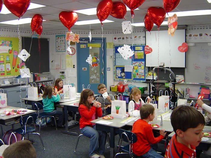 Valentineu0027s Day In School Party | Valentineu0027s Day Celebrations In Schools