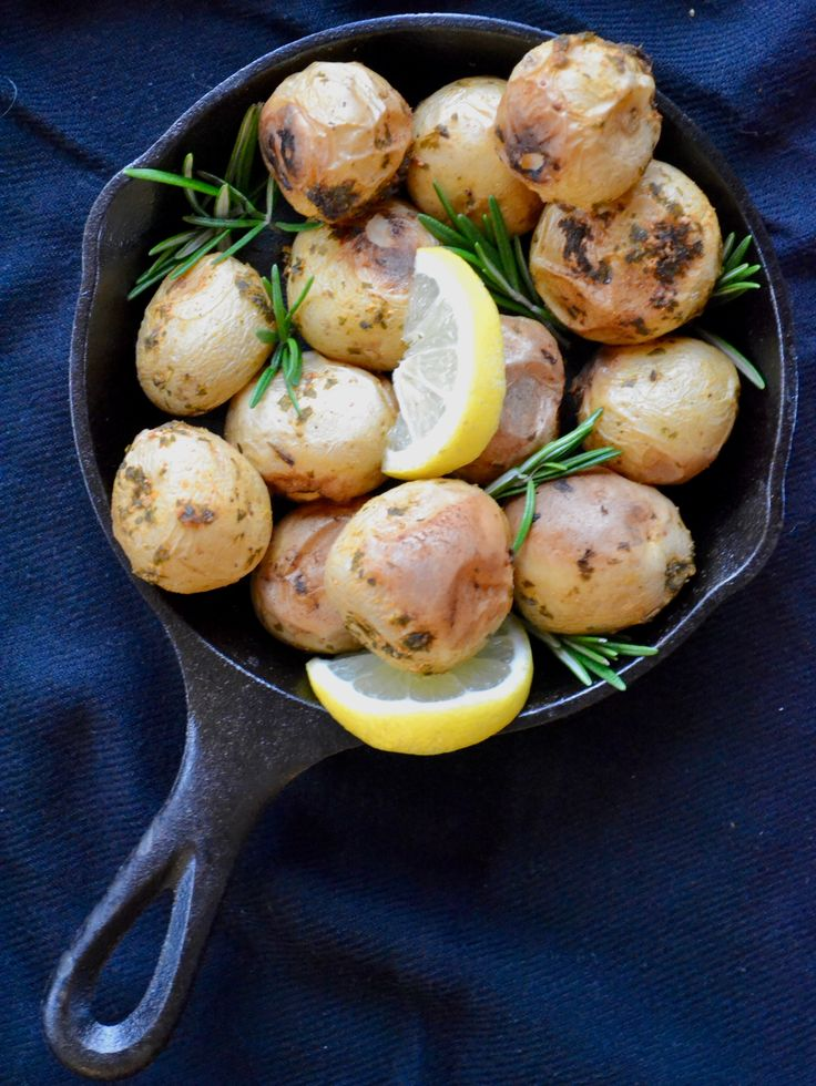 Lemon and Herb Roasted Potatoes | Measuring Cups Optional