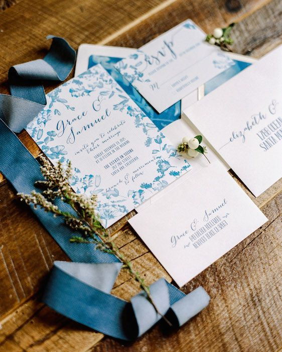 Daily Dose of Color: Featuring Dreamy Blues, Saculles Photography, Violette Flowers, Just Merried Events