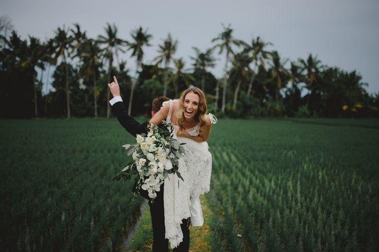 #destinationwedding #terralogical #weddinginspiration #bali #nature #weddingphoto #couple