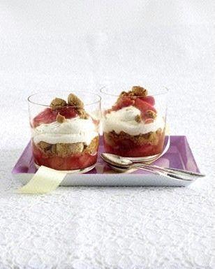Erdbeer-Rhabarber-Tiramisu Rezept
