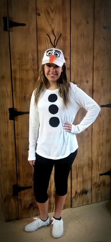 Olaf inspired teen costume for homecoming week!