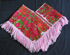 Quechquemitl Cape Mexico (Teyacapan) Tags: mexico clothing embroidery capes textiles ropa indigenas bordados tipica weavings trajes edomex tejidos indumentaria mazahua quechquemitl tepeolulco quexquemitl
