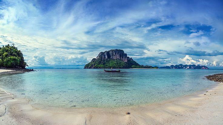 Thailand, Chicken Island. by Dmitry Laudin